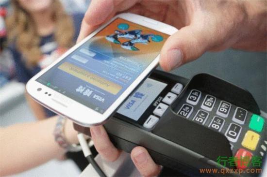"""手机有NFC支付功能小心成为黑客""""取款机"""""""